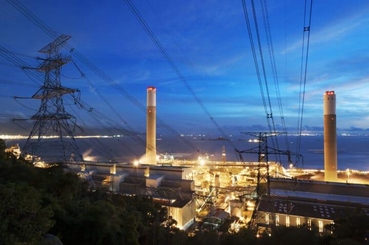 industrie vue d'en haut la nuit